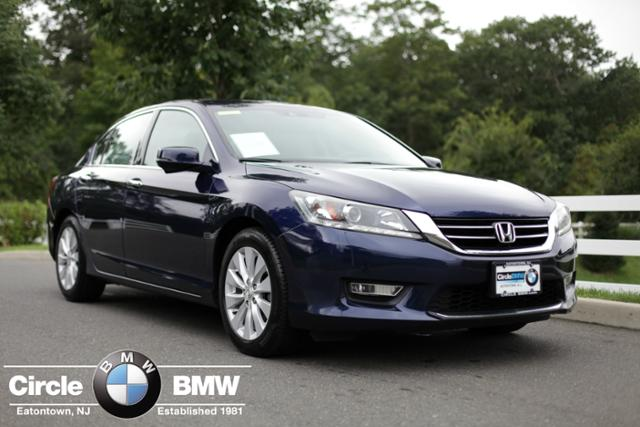 Pre Owned 2013 Honda Accord 4dr V6 Auto EX L W/Navi