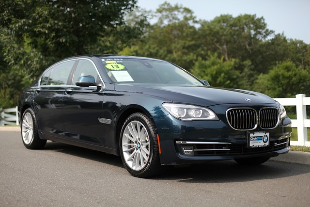 Pre-Owned 2013 BMW 7 Series 4dr Sdn 750Li xDrive AWD