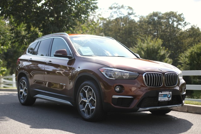 Pre-Owned 2017 BMW X1 sDrive28i Sports Activity Vehicle