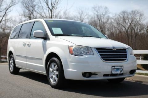 Pre-Owned 2010 Chrysler Town & Country 4dr Wgn Touring