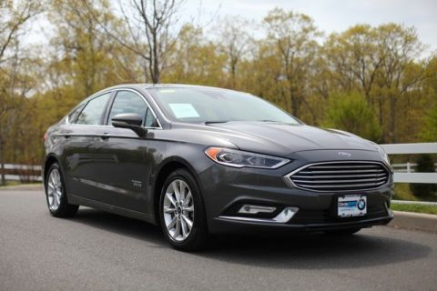 Pre-Owned 2017 Ford Fusion Energi SE FWD